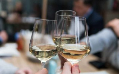 Wine Tips: How to chill white wine quickly
